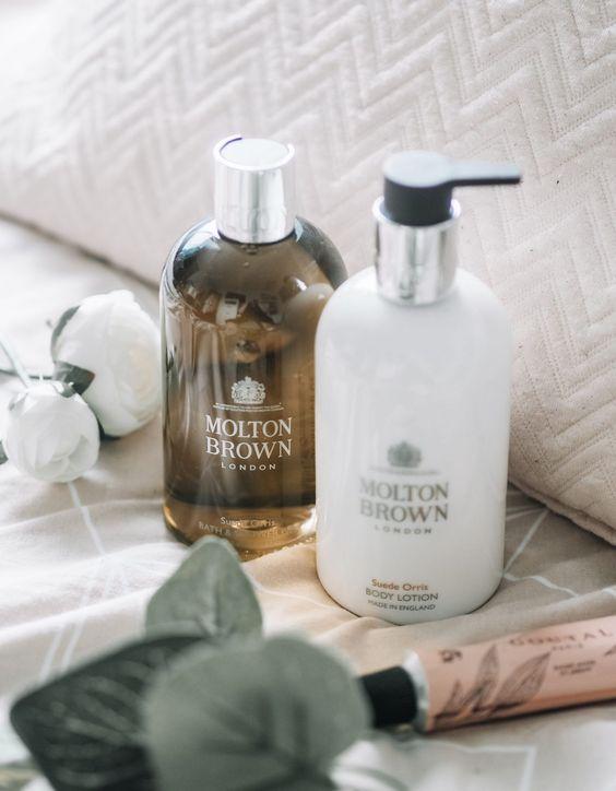 Cosmetic_Packaging02